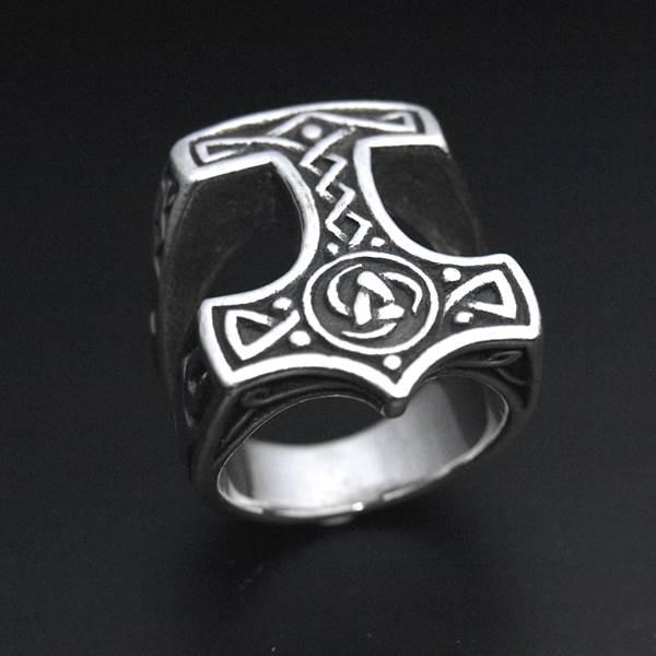 Bague chevalière marteau de Thor argent