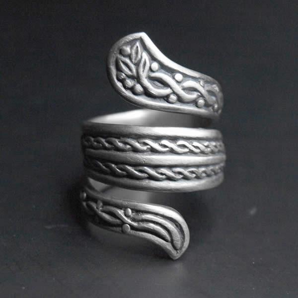 Bague serpent entrelacs celte ALLDEADS